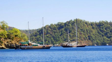 Motorsailer yachts For Sale